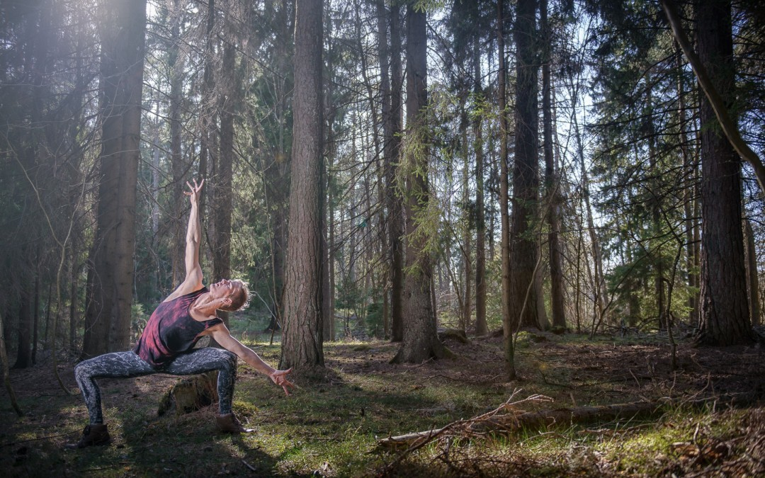 Dancing in nature. The dancer Oskar Störtebecker dancin in the swedish archipelago.